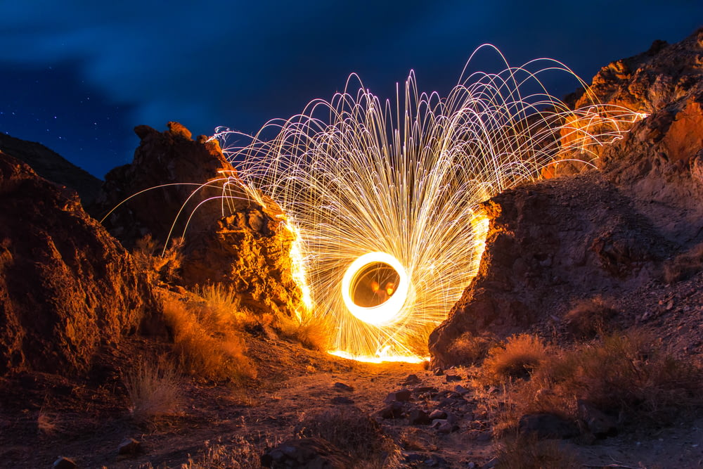 steelwool photography with between rocks