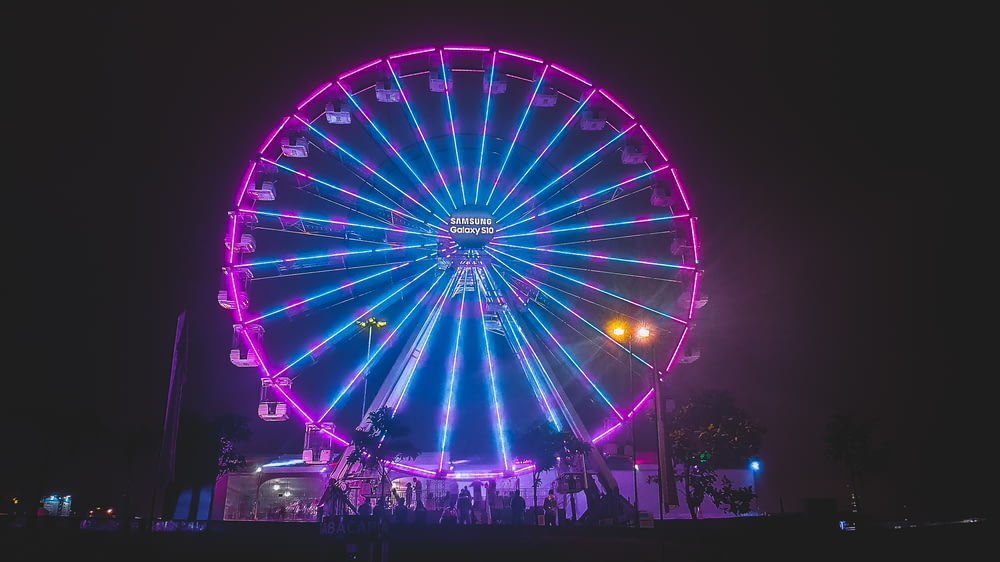 blue and purple lighted ferris wheel