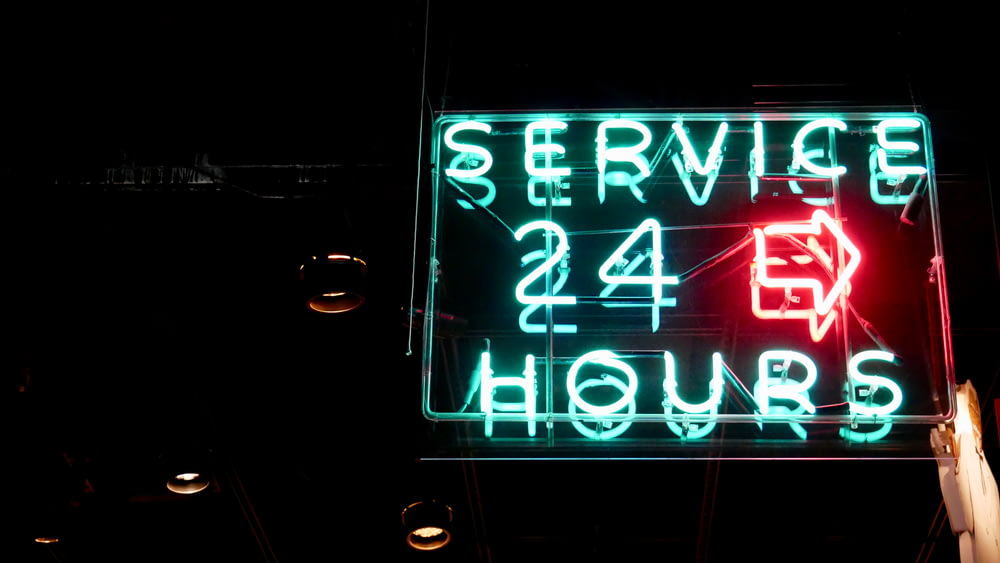 service 24 hours neon sigange