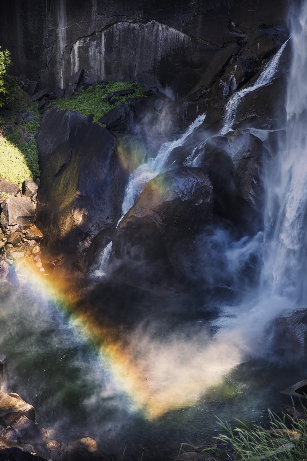long-exposure photography of waterfalls during daytime