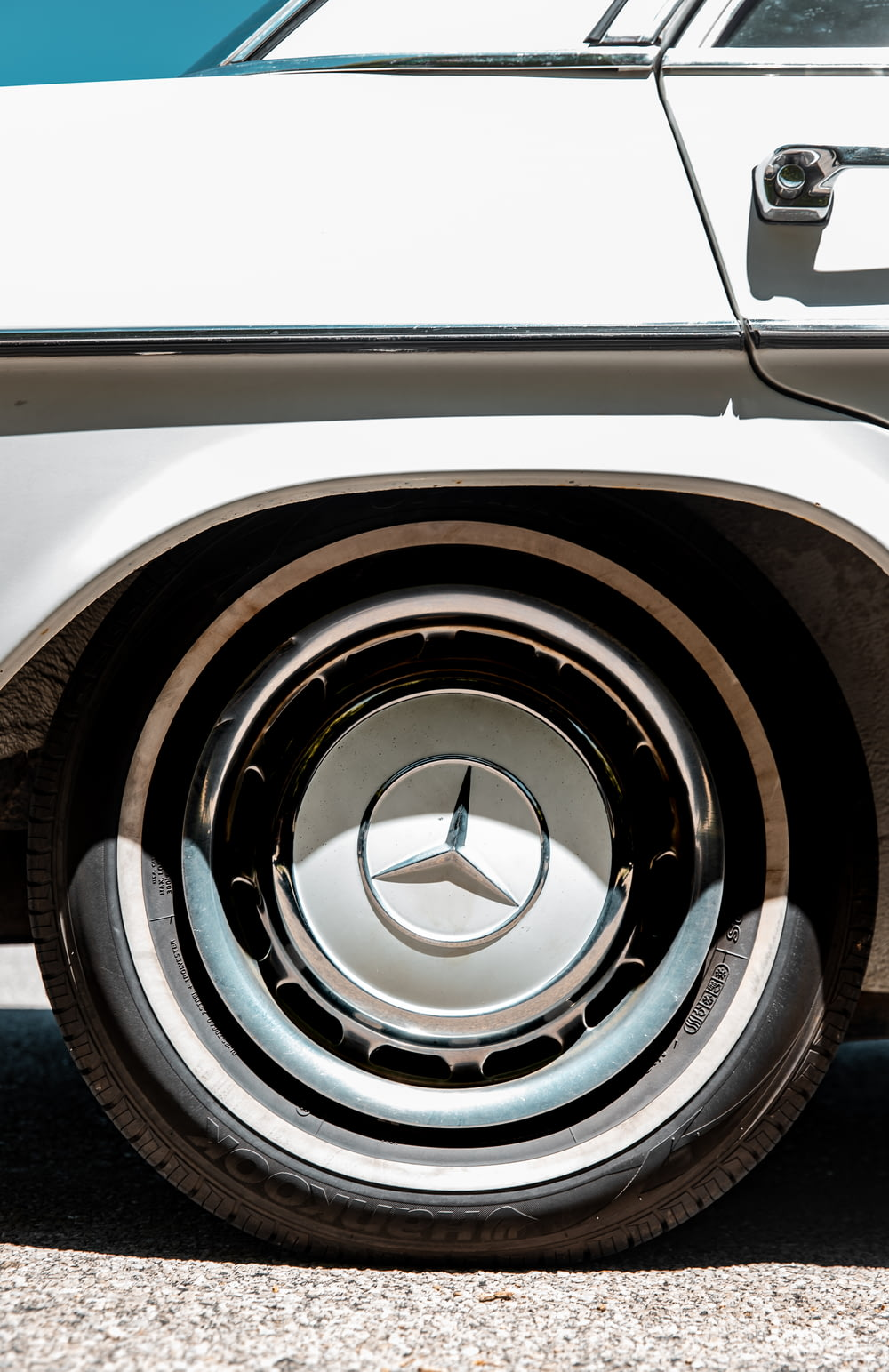 white and black car wheel